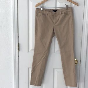 Gap Ladies Size 4 Regular Khaki Chinos Pants